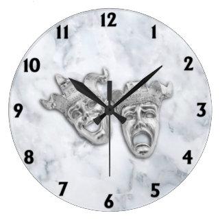 Relógio Grande Mármore do branco das máscaras do teatro da