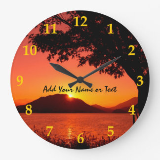 Relógio Grande Montanha bonita do lago sunset do amarelo alaranja