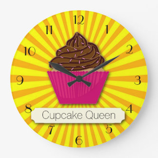 Relógio Grande O cupcake e a luz do sol personalizam adicionam
