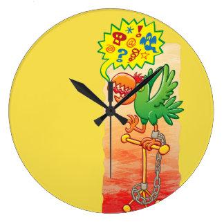 Relógio Grande Papagaio verde furioso que diz palavras más