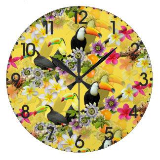 Relógio Grande Pássaros de Toucan, flores da paixão, Plumeria
