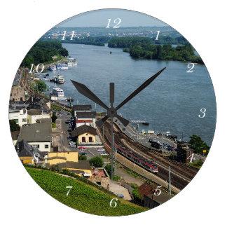 Relógio Grande Personenzug em casa de tosco à reno
