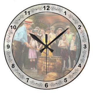Relógio Grande Polícia - proibição - uma boa estadia sensacional