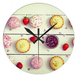 Relógio Grande Pulso de disparo retro da cozinha com cupcakes e