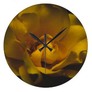 Relógio Grande Rosa amarelo bonito