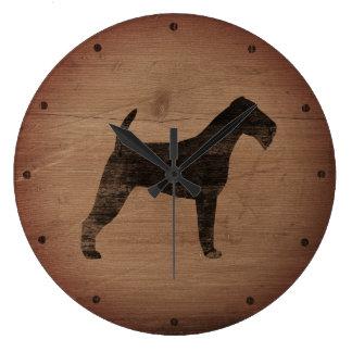 Relógio Grande Silhueta de Terrier irlandês rústica