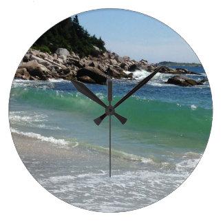 Relógio Grande surf rochoso do oceano do litoral