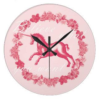 Relógio Grande Unicórnio e flores cor-de-rosa