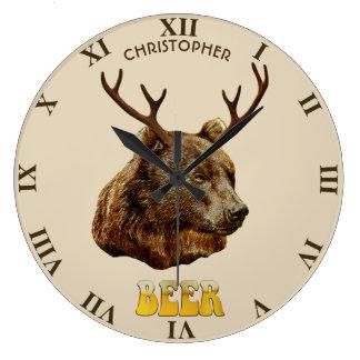 Relógio Grande Urso engraçado legal dos cervos da cerveja com