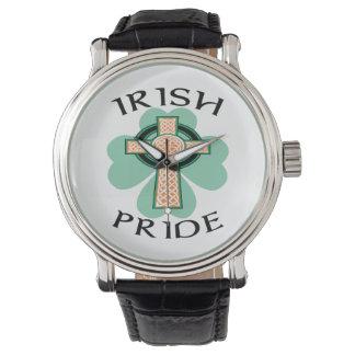 Relógio irlandês do trevo da cruz celta do orgulho