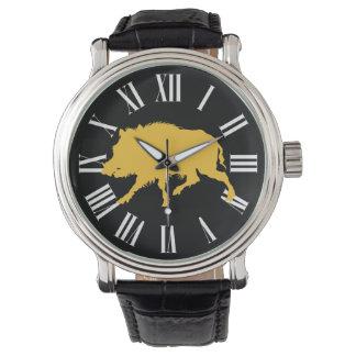 Relógio Javali no homem preto da caça da silhueta