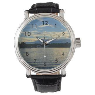 Relógio Lago do por do sol do azul de Ozarks
