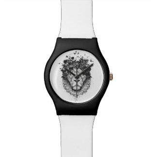 Relógio Leão floral (preto e branco)