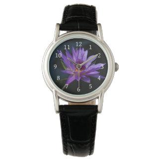 Relógio Lotus roxo Waterlily