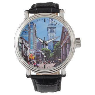 Relógio MÃES de Boston - mercado de Quincy