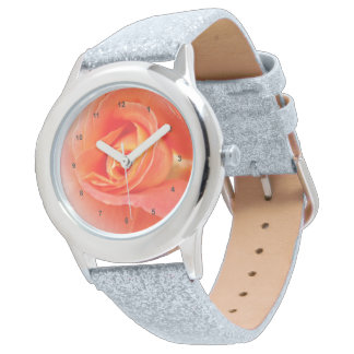 Relógio máscaras do rosa pastel