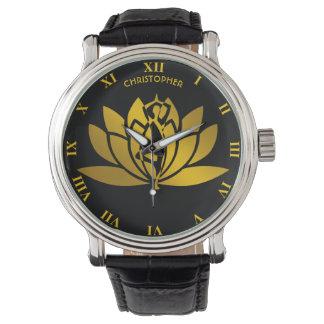Relógio Meditação dourada da ioga da flor de Lotus legal