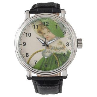 Relógio Menina do vintage com Dia de São Patrício verde do