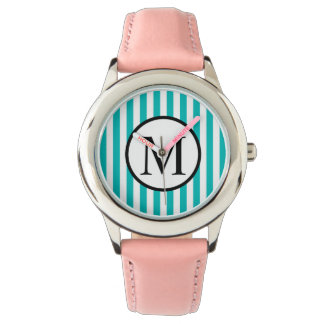 Relógio Monograma simples com as listras verticais do Aqua