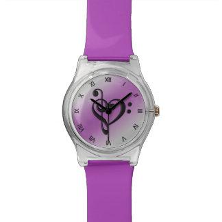 Relógio Numerais romanos roxos do coração do Clef da