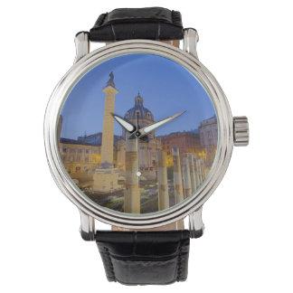 Relógio O fórum romano em Roma