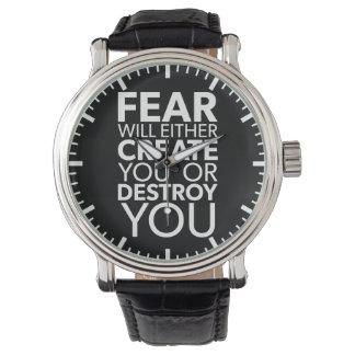 Relógio O medo criar-o-&z ou destrui-l-á - inspirado