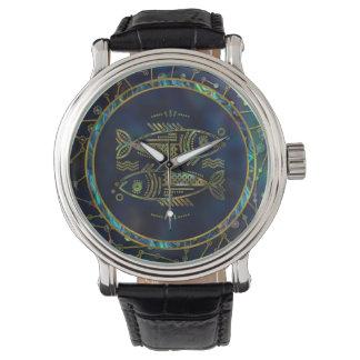 Relógio Olmo do ouro do zodíaco dos peixes na constelação