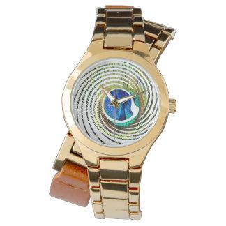 Relógio Pavão em um design espiral,