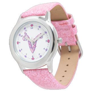 Relógio personalizado das meninas da letra V