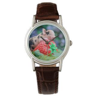 Relógio porco da morango