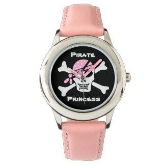 Relógio Princesa do pirata no preto com texto feito sob