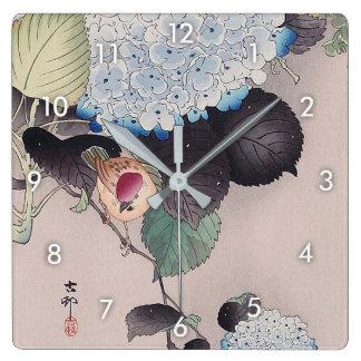 Relógio Quadrado アジサイに雀, pardal do 小原古邨 no Hydrangea, Ohara Koson