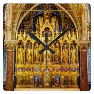 Relógio Quadrado Altar principal em Votivkirche, Viena Áustria