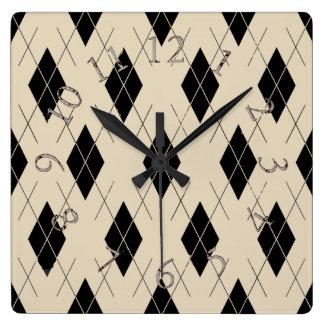 Relógio Quadrado Argyle-Creme-Preto-Clássico--Multi-Formas