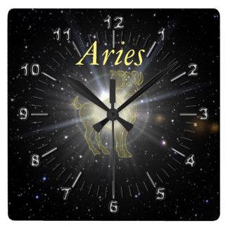Relógio Quadrado Aries brilhante