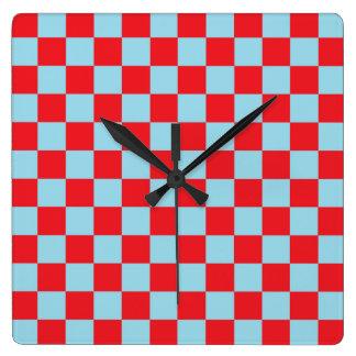 Relógio Quadrado Azul Pastel e vermelho Checkered