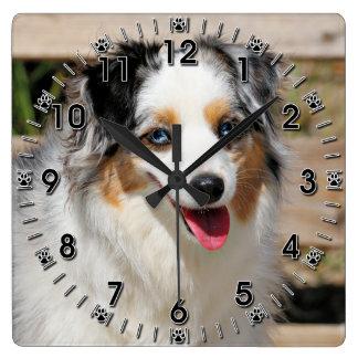 Relógio Quadrado Bennett - mini australiano - Rosie - praia de