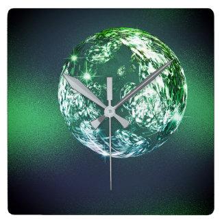 Relógio Quadrado Bola verde tropical Calli de Universum do planeta
