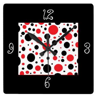 Relógio Quadrado Bolinhas vermelhas pretas originais