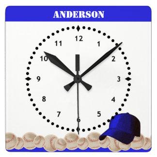 Relógio Quadrado Boné azul de pulso de disparo de parede do basebol