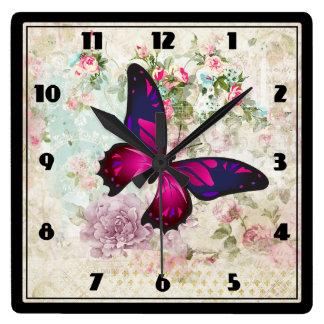 Relógio Quadrado Borboleta cor-de-rosa e rosas gastos do vintage
