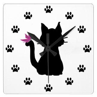 Relógio Quadrado Borboleta do rosa da silhueta do gato preto