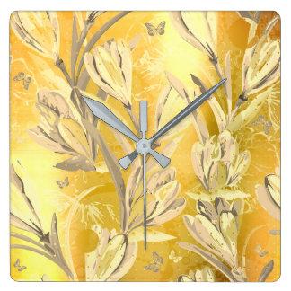 Relógio Quadrado Borboleta floral boémia de Brown do marfim amarelo