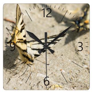 Relógio Quadrado Borboletas