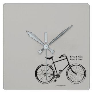 Relógio Quadrado Borracho do motociclista