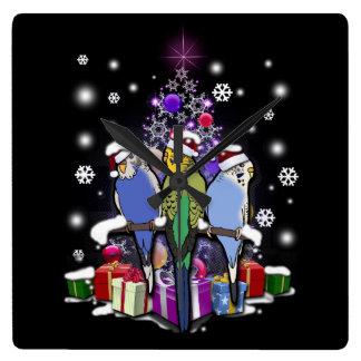 Relógio Quadrado Budgerigars com presente e flocos de neve do Natal