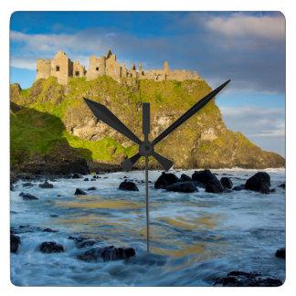 Relógio Quadrado Castelo litoral de Dunluce, Ireland