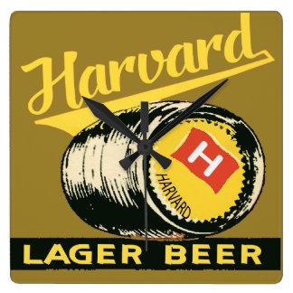 Relógio Quadrado Cerveja de cerveja pilsen de Harvard