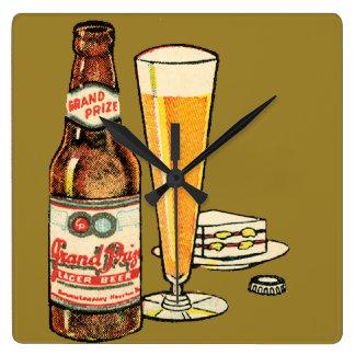 Relógio Quadrado Cerveja premiada grande