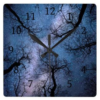 Relógio Quadrado Céu azul do design 85